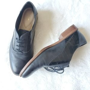 Clarks genuine leather black oxfords
